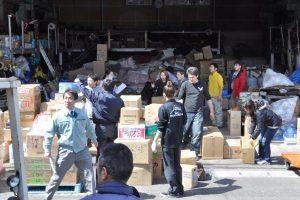 東日本大震災福一漁業に届く支援物資